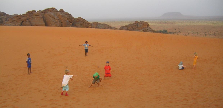 <strong>Barnelek </strong> i ørkenen i Mali